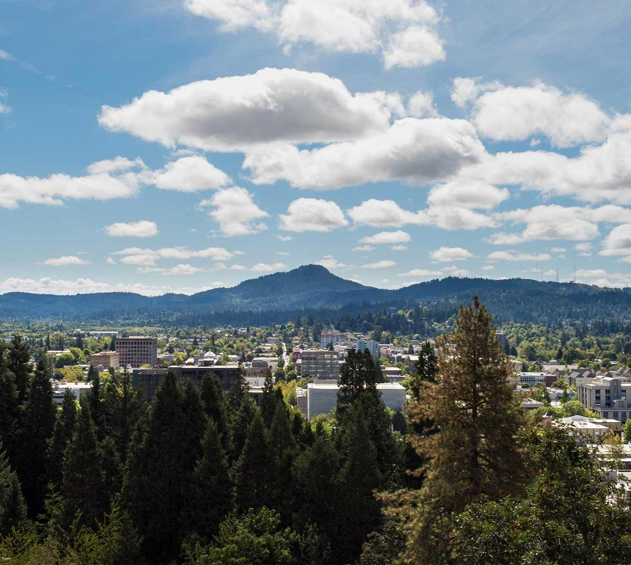 Aerial shot of Eugene, Oregon on a bright and sunny day.